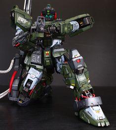 GM Sniper Gundam Custom Build by Space Warfare, Real Robots, Gundam Mobile Suit, Gundam Custom Build, Gunpla Custom, Mecha Anime, Gundam Model, Vinyl Toys, Plastic Models