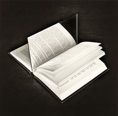 Jose Maria Rodriguez Madoz, aka Chema Madoz, is a Spanish photographer best known for his eye-catching illusions and surrealist photos. More creative photography via Pondly Surrealism Photography, Conceptual Photography, Dark Photography, Still Life Photography, Creative Photography, Monochrome Photography, Photography Ideas, Word Art, 7 Arts