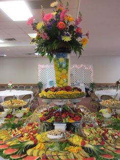 Fruit Tables, Fruit Buffet, Buffet Tables, Fruit Trays, Catering Table, Catering Food, Catering Ideas, Meat Fruit, Fruit And Veg