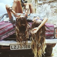 When I am in college I want o go on a road trip around through all the states with my best friend. Me and my best friend have been talking about doing this for a couple years now. Best Friend Pictures, Bff Pictures, Friend Photos, Cute Photos, Travel Pictures, Hippie Pictures, Best Friend Bucket List, Go Best Friend, Best Friend Goals