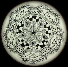 Tangles used:  Verve, Knightsbridge, Plugs, Antidot, Tink, Bridgen, Meer.  Zendala drawn by Erin / The Bright Owl.
