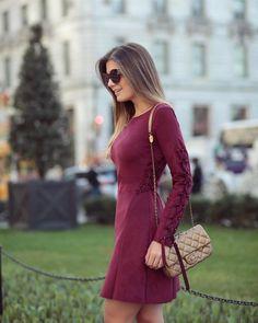 {Monday ♥️} De vestido de chamois lindo, com trançado by @lovlity • #ootd #nyc #blogtrendalert