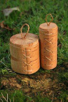 Making Birch bark containers-Tutorial- jonsbushcraft.com