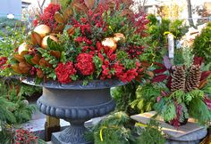 Urns Decorated for Christmas Contemporary | Christmas Urn Decoration 2015 – Ideas, Designs - Download free Happy ...