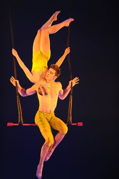 "Trapeze artists Louis-David Simoneau and Rosalie Ducharme  - ""Totem"" show by Cirque du Soleil - photo Cirque du Soleil - seen at Royal Albert Hall, London, feb 2012"