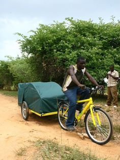 Zambulances – bicycle trailers with a mattress, privacy curtain and basic medical equipment – have replaced walking or being pushed in a wheelbarrow for many ailing rural people who live some distance from healthcare centres.