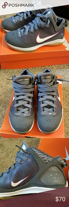 Nike LeBron VII GUC LeBron gray sneakers with plumb accents. Really cool lion face on the inner heel. They are very clean and are very cute with joggers or skinny jeans. There are VERY light scratches on the toe from being cleaned. Size 5 fits a womens 6.5-7  FEEL FREE TO MAKE AN OFFER!! Nike Shoes Sneakers