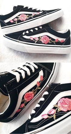 99 Rose Buds Pink Blk Unisex Custom Rose Embroidered-Patch Vans Old-Skool 4d6f5edea