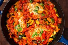 Italian Chicken Skillet - Customize this versatile skillet with your favorite vegetables! Whole30 Dinner Recipes, Paleo Recipes, Whole Food Recipes, Cooking Recipes, Healthy Cooking, Healthy Eats, Dinner Healthy, Seafood Recipes, Healthy Foods