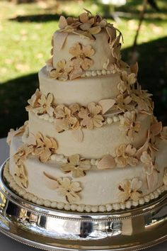 Grandmother made this cake! Let's Get Married, Getting Married, Dream Wedding, Wedding Dreams, Wedding Stuff, Fall Cakes, Fall Wedding Cakes, Floral Cake, Pretty Cakes