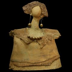 Busto de mujer. Escultura cerámica.