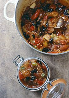 Mixed tomato chutney - use up those tomatoes that failed to ripen. Nigel Slater we thank you! :o)