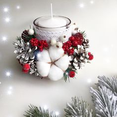 Christmas Swags, Handmade Christmas Decorations, Christmas Candles, Christmas Centerpieces, Diy Christmas Gifts, Christmas Tree Decorations, Christmas Holidays, Christmas Flower Arrangements, Deco Table