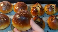بريوش يومي بدون بيض/حليب/ زبدة  بمقادير مضبوطة وبأسهل طريقة خفيف مثل القطن Hamburger, Bread, Food, Meal, Hamburgers, Essen, Hoods, Burgers, Breads