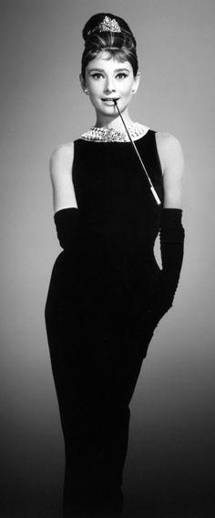 Audrey Hepburn ♥ Breakfast at Tiffany's