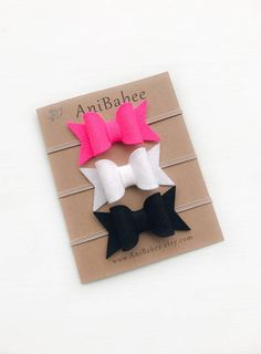 Felt Bows Headband Set. Pictured in the CHUNKY style with nude Skinny Elastic. **Listing is for 3 Headbands** Please remember to select the appropriate size! The sizes below are meant to be used as a guideline, all sizes are customizable. Feel free to contact me with any measurement