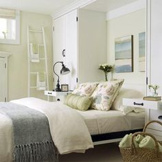 How to design and decorate a small bedroom