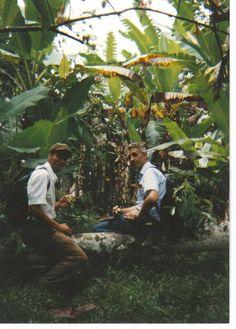 Ecuador Pics - Ron Murphy - Picasa Web Albums Preaching among the banana Plantation