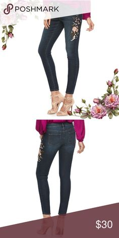 """MAKE AN OFFER ;) Embroidered skinny ankle jeans PRODUCT FEATURES -Floral embroidery -Dark blue wash color -5-pocket -Stretchy denim construction  FIT & SIZING -27-in. inseam -Waist 26"""" -Hips 33"""" -Midrise sits above the hip -Slim fit -Zipper fly Jennifer Lopez Jeans Skinny"""