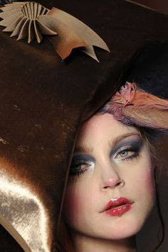 Beauty Detail from John Galliano SS 2009