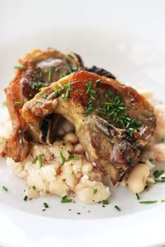 Another one of Sasha Wilkens's Thanksgiving suggestions is to serve lamb cutlets on mashed butter beans. Your guests won't even miss the potatoes and stuffing with this satisfying dinner. Ingredients:  -A little olive oil, for cooking-8 lamb cutlets-Salt and freshly ground black pepper-A few snipped chives, to garnish-2 cups canned butter beans, rinsed and drained-2 Tbsp grassy olive oil  Directions: -Put a heavy pan over high heat—I use a cast iron griddle.-Massage a little olive oil into…
