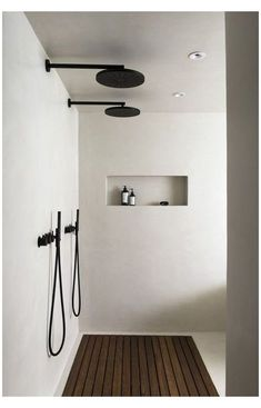 modern bathroom ideas. modern design. home design. industrial modern home. Minimalist Bathroom Design, Interior Design Minimalist, Black Interior Design, Bathroom Interior Design, Minimalist Home, Interior Modern, Interior Ideas, Interior Inspiration, Classic Bathroom