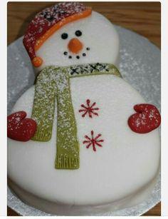 Snowman winter cake