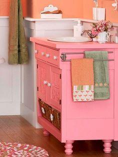 vivid pink vanity bathroom @Beverly Tom - for the girls jack and jill bath?