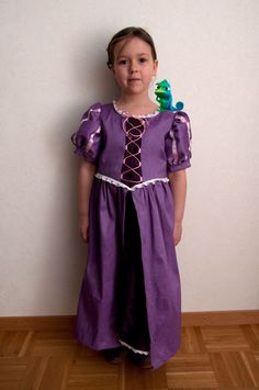 Free Rapunzel Dress Pattern and Wig Tutorials
