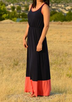 thesouthernpinkboutique.com  navy & coral block maxi