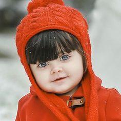 Cute Baby Girl Wallpaper, Cute Babies Photography, Cute Baby Girl Pictures, Cute Princess, Cute Baby Videos, Cute Little Baby, Kids Fashion, Babies Fashion, Beautiful Babies