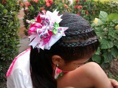 Moños y listón Levis Jeans, Crown, Cartago, Hair Bows, Corona, Crowns, Crown Royal Bags