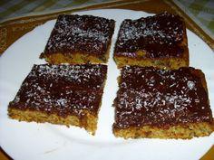 Mrkvový koláč s jogurtem Sweet Recipes, Desserts, Food, Tailgate Desserts, Deserts, Essen, Postres, Meals, Dessert