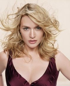 Kate Winslet, photographed by James White for Esquire Magazine (May Kate Winslet, Beautiful People, Most Beautiful, Beautiful Women, James White, Actrices Hollywood, Grey Hair, White Hair, Famous Faces