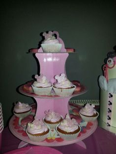 Minnie mouse baby shower cupcakes x