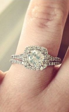 Conflict-Free Engagement Ring Set