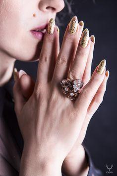gold nails and ring #gold #ring #nails