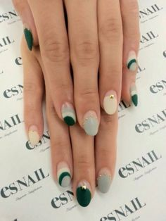 Ombre, polka dots, glitter—the options are limitless with Pantone's Color of the Year, and we wouldn't have it any other way. Here are 40 gorgeous manicures inspired by the Christmas green hue. Don't worry though, you can sport this shade year-round! Asian Nail Art, Asian Nails, Green Nail Art, Green Nails, Fancy Nails, Pretty Nails, Finger, Minimalist Nails, Round Nails
