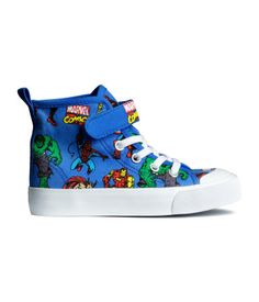 Marvel high top sneakers from H&M Kids - Cassandra @ bottlesoup.com