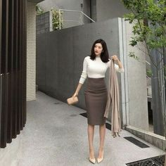 Work Outfits Ideas To Try This Winter Work Outfits Ideas To Try This Winter Work Outfits Ideas To Try This Winter. Source by work outfit Summer Work Outfits Office, Casual Work Outfit Summer, Cute Work Outfits, Office Outfits Women, Curvy Outfits, Stylish Outfits, Summer Office, Formal Outfits, Outfit Work