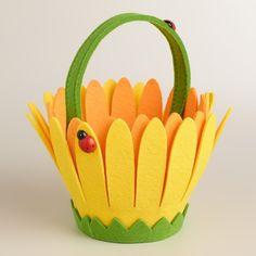 Ladybugs on Daisy Felt Easter Basket Foam Crafts, Diy And Crafts, Crafts For Kids, Arts And Crafts, Felt Ornaments, Family Holiday, Felt Flowers, Easter Baskets, Easter Crafts