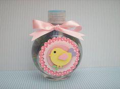 Tag para personalizar garrafinha de água mineral com aplique de passarinho. Sem a garrafinha Quantidade minima: 20 unidades R$ 2,00