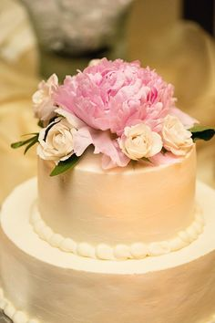 Simple, clean cake with #pink and #white accents   Melissa Tuck Photography   The Lovely Find