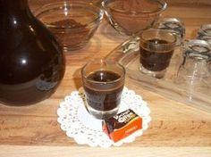 Ecco una ricetta che può servire per terminare la cena con amici e parenti. Caffe e cioccolata