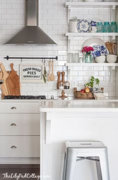 Fall Home Tour - The Lilypad Cottage