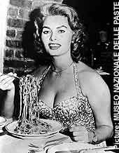 A plateful of pasta! Sophia Loren
