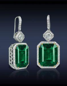 Jacob&Co: Emerald Diamond Earrings