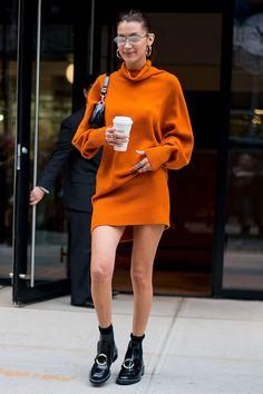 Bella Hadid's best street-style moments - neptute. Bella Hadid Fall, Bella Hadid Style, Look Fashion, Fashion Outfits, Fashion Tips, Fashion Weeks, Celebrity Dresses, Celebrity Style, Bella Hadid Outfits