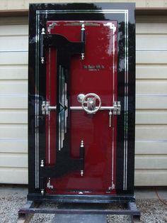 Residential and Bank Vault Door Manufacturers Antique Safe, How To Antique Wood, Bank Safe, Safe Door, Castle Doors, Safe Vault, Panic Rooms, Vault Doors, Windows