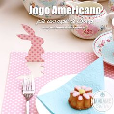 Bunny scrapbooking paper Placemat for easter! Cute and inexpensive - Love the idea! - Jogo americano feito com papel de scrapboking! Ideal p...
